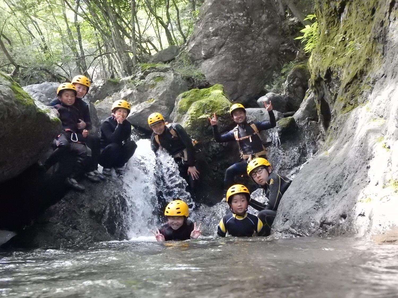 シャワークライミング キャニオニング 丹沢 秦野 神奈川 関東 ガイド ツアー 沢登り