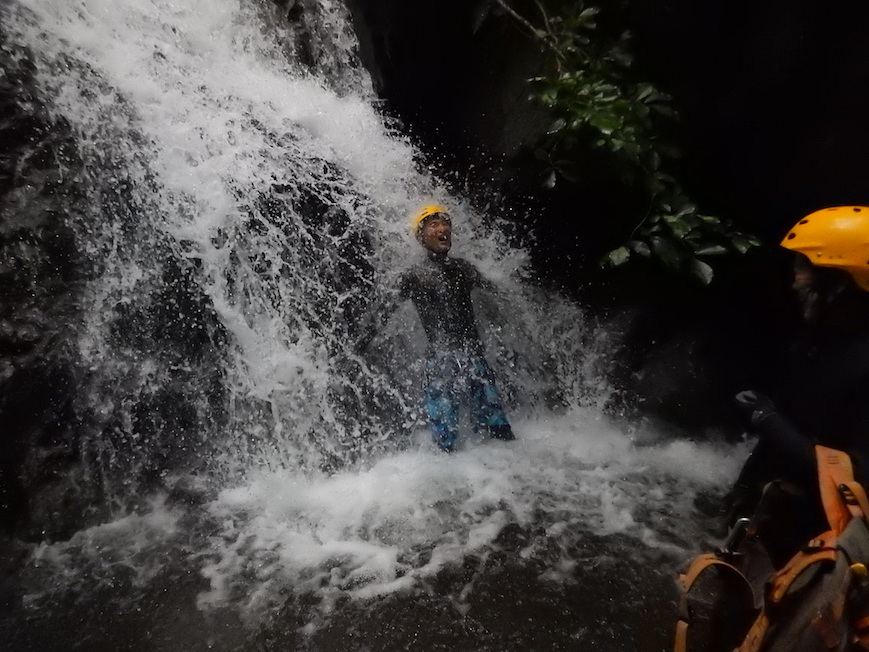 シャワークライミング 大雨後 丹沢